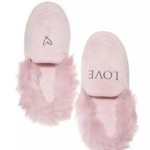 Victoria's Secret Slippers Large 9 10